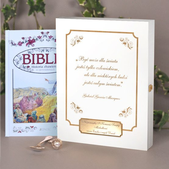 Biblia-w-drewnianym-pudelku-Pamiatka-Chrztu-lub-I-Komunii-Swietej-9120_5