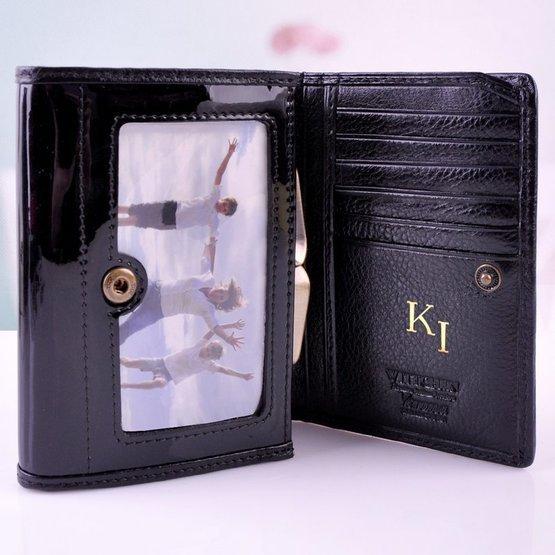 Ekskluzywny zestaw damski Wittchen: portfel z inicjałami + kosmetyczka