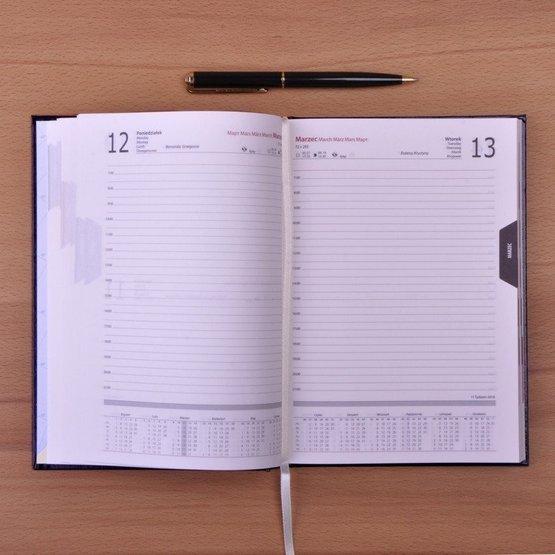 Kalendarz z nadrukiem - 5 króków do szczęścia kobiety