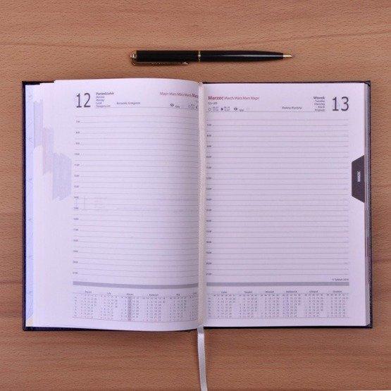 Kalendarz z nadrukiem dla pracownika banku