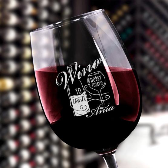 Kieliszek do wina z iminiem - Dobry pomysł