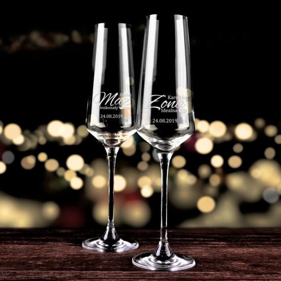 Kieliszki do szampana - mąż doskonały i żona idealna