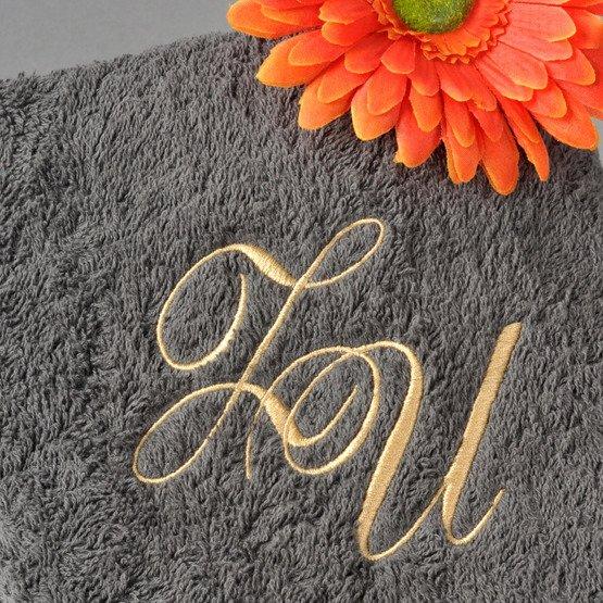 Ręcznik kąpielowy z inicjałami