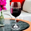Kieliszek do wina z iminiem - Sprawiam, że wino znika